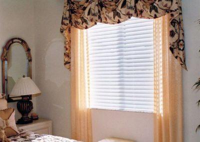 Guest Bedroom – Kingston Valances, Side Panels and Custom Bedding